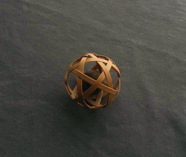 竹のまたたびボール
